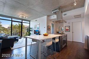 100 W PORTLAND Street, 403, Phoenix, AZ 85003
