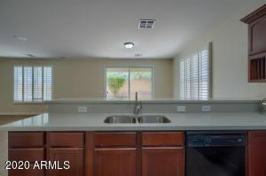2315 E La Salle Street, Phoenix, AZ 85040