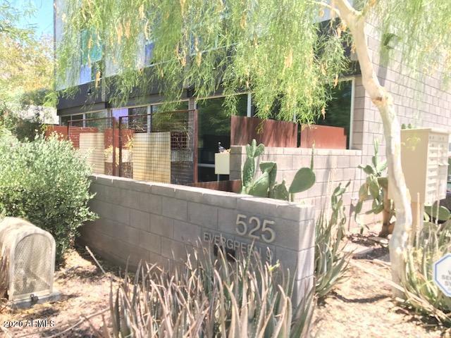 Photo of 525 E WILLETTA Street #1, Phoenix, AZ 85004