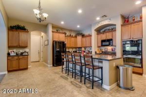 18332 W CINNABAR Avenue, Waddell, AZ 85355