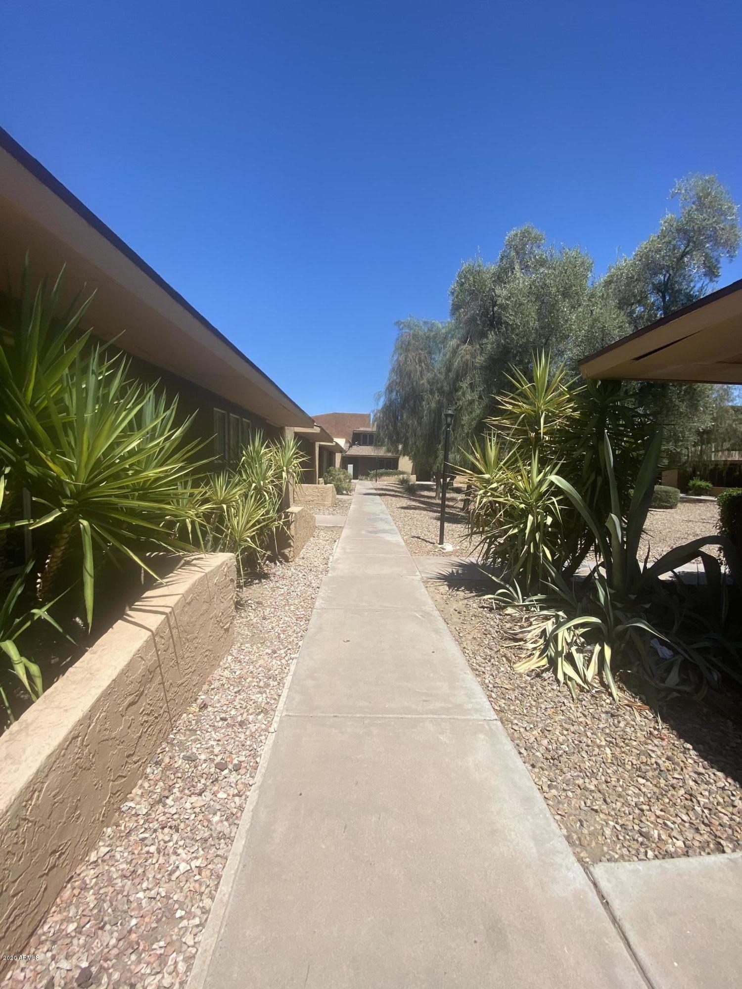 Photo of 2533 W Hazelwood Street #3, Phoenix, AZ 85017