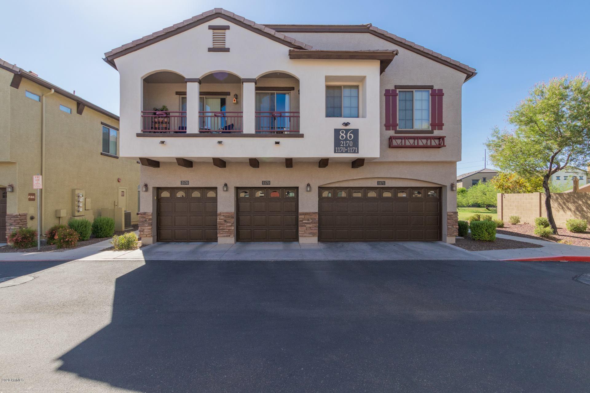 Photo of 2725 E MINE CREEK Road #1170, Phoenix, AZ 85024