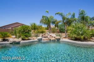 9717 N PEMBROKE Court, Waddell, AZ 85355