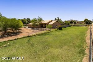 2423 E MAGNOLIA Drive, Gilbert, AZ 85298