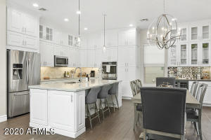 Kitchen/dining with added pantry & built-in bar
