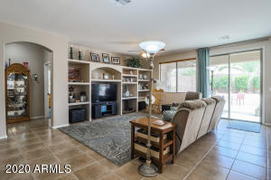 14570 W LAUREL Lane, Surprise, AZ 85379