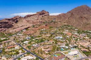 4801 E ROCKRIDGE Road, Phoenix, AZ 85018