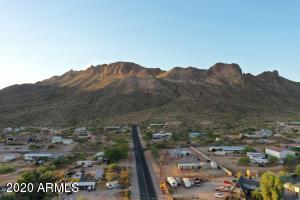 5148 N IRONWOOD Drive, Apache Junction, AZ 85120