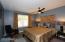 GOOD SIZE BEDROOM W/ WALK-IN CLOSET! NOTICE ENGINEERED WOOD FLOORS THRU-OUT!