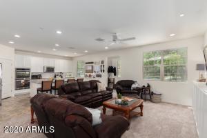 9418 S 34TH Lane, Laveen, AZ 85339