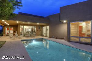 217 W KALER Drive, Phoenix, AZ 85021