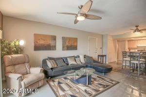 1920 W LINDNER Avenue, 208, Mesa, AZ 85202