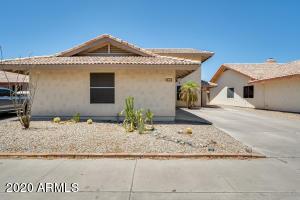 360 S MEADOWS Drive, Chandler, AZ 85224