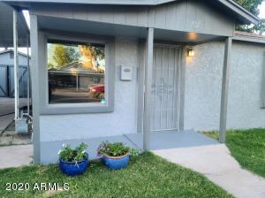 702 E 2ND Street, Mesa, AZ 85203