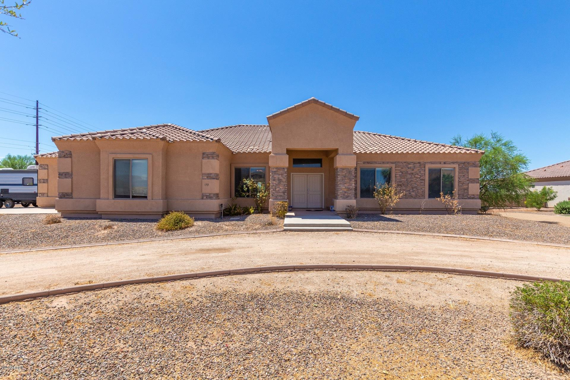 Photo of 1797 E LOVELAND Lane, San Tan Valley, AZ 85140
