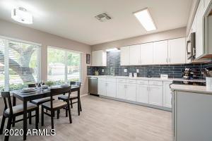 4790 E HOPI Street, Phoenix, AZ 85044