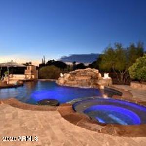 8728 E Oak Street, Mesa, AZ 85207