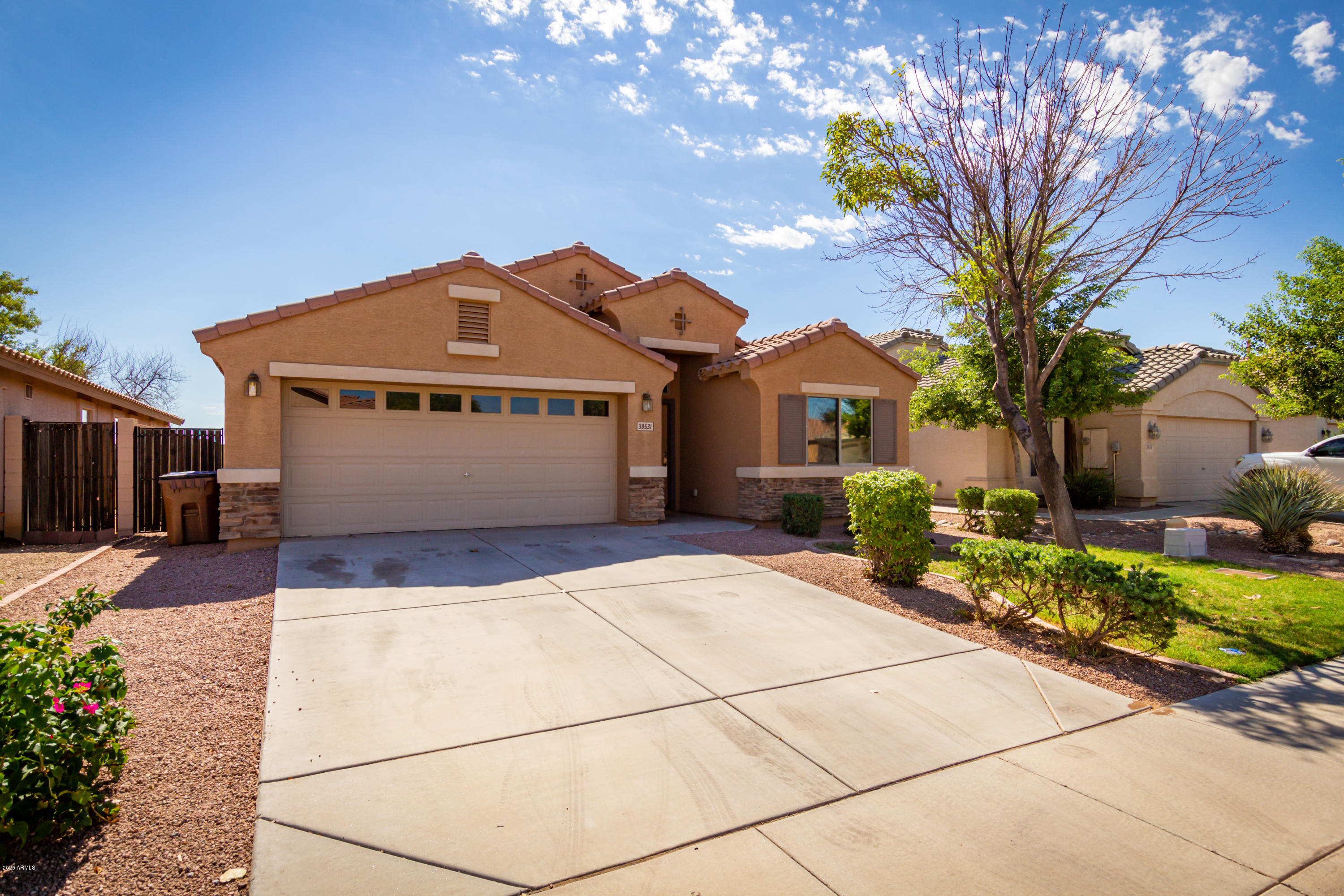 Photo of 38531 N JONATHAN Street, San Tan Valley, AZ 85140