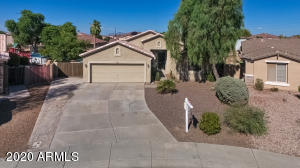 3919 S MARTINGALE Road, Gilbert, AZ 85297