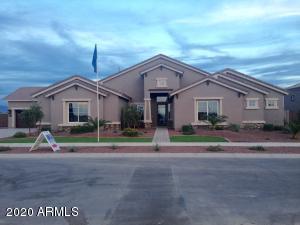 2455 W HAWKEN Place, Chandler, AZ 85286