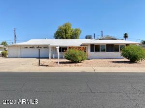 10310 W CHERRY HILLS Drive E, Sun City, AZ 85351