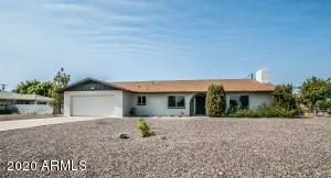11415 W LAKESHORE Drive, Youngtown, AZ 85363