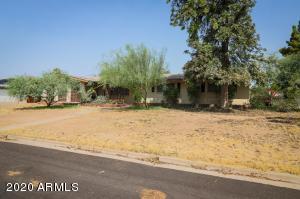 960 W FAIRWAY Drive, Mesa, AZ 85201