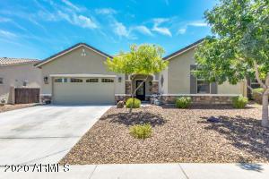 18421 W SUNNYSLOPE Lane, Waddell, AZ 85355