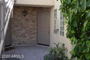 3235 E Camelback Road, 104, Phoenix, AZ 85018