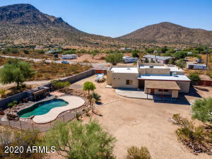 43008 N 17 Place, New River, AZ 85087