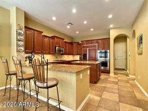3935 E NOCONA Lane, Phoenix, AZ 85050