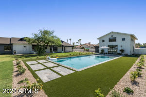 9852 E Charter Oak Road, Scottsdale, AZ 85260