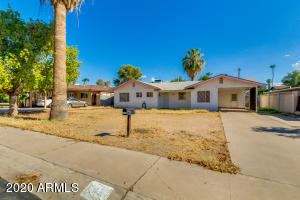 5321 E PINCHOT Avenue, Phoenix, AZ 85018