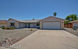 16850 N MEADOW PARK Drive, Sun City, AZ 85351