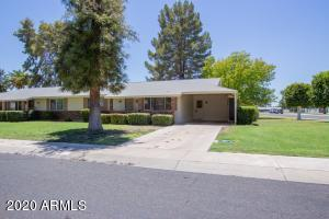 13636 N REDWOOD Drive, Sun City, AZ 85351