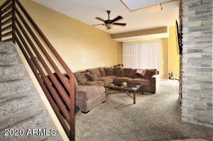 End unit luxury condominium
