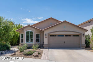 13121 W VIRGINIA Court, Goodyear, AZ 85395