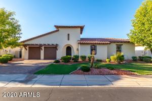 2410 W LONGHORN Drive, Chandler, AZ 85286