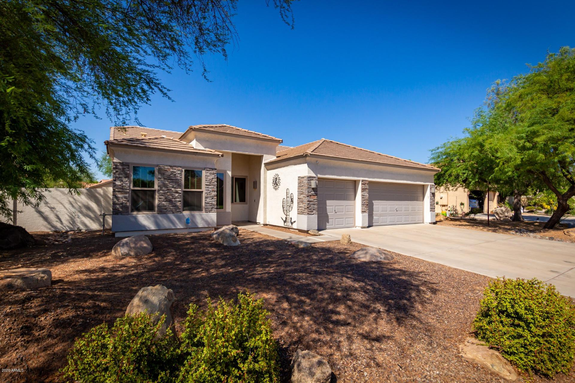 Property for sale at 1052 E San Tan Drive, Gilbert,  Arizona 85296