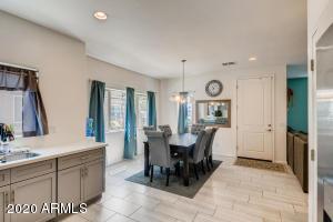 1726 W MINTON Street, Phoenix, AZ 85041