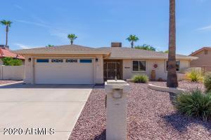 26013 S NEW TOWN Drive, Sun Lakes, AZ 85248