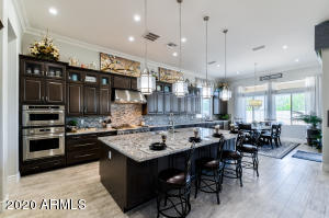 Everyone says the kitchen is the heart of the home! This kitchen has it all!