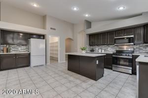 6405 W MATILDA Lane, Glendale, AZ 85308