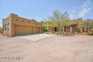 10940 W IRONWOOD HILLS Drive, Casa Grande, AZ 85194