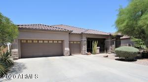 8818 W CAROLE Lane, Glendale, AZ 85305