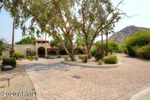 8223 N LOMA Lane, Paradise Valley, AZ 85253