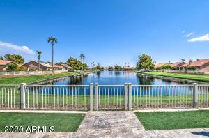 24417 S BOXWOOD Drive, Sun Lakes, AZ 85248