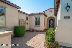 12434 W PALO BREA Lane, Peoria, AZ 85383