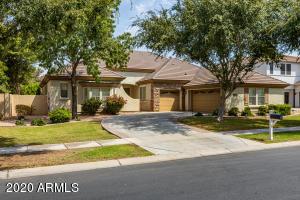 2914 E WASHINGTON Avenue, Gilbert, AZ 85234