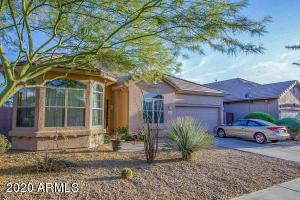 2405 W APACHE RAIN Road, Phoenix, AZ 85085